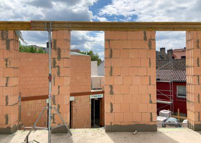 Bodentiefe Fenster Richtung Innenhof